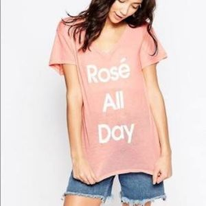 WildFox Rise all day v neck tee peony small